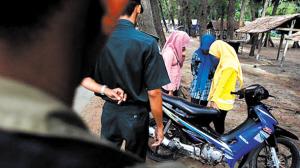印尼道德专盯女性不当行为