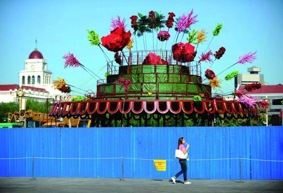 搭建国庆花坛