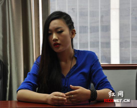 """独木舟《我亦飘零久》长沙签售""""学生党""""挤爆现场"""