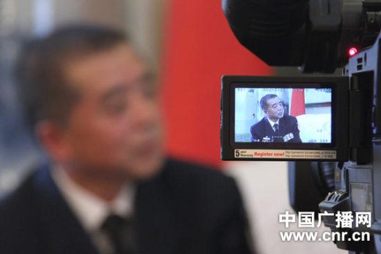 [将军访谈录]驶向深蓝的跨越――访北海舰队副参谋长王凌