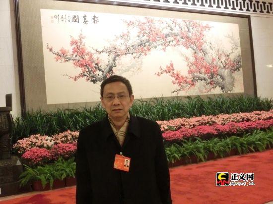 蒋洪委员:13500亿元赤字用在哪儿应该说明
