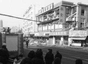 大连一美食城v新闻1死10伤_新浪新闻北京转让口出租摊位档美食城图片