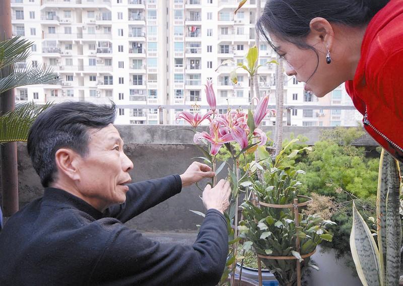 溫州小姐上門服務_导报服务:花卉专家上门授课