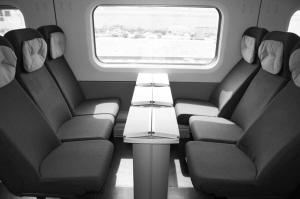 石太客运专线今运营坐火车73分钟到太原