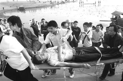 大学生结人梯救人3人溺亡将申报见义勇为集体