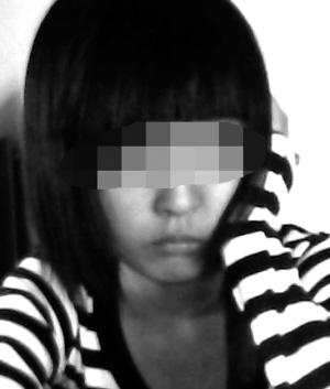 女生因头发不符要求3次被赶出校门后自杀