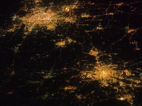 美国宇航局公布国际空间站所拍京津夜景