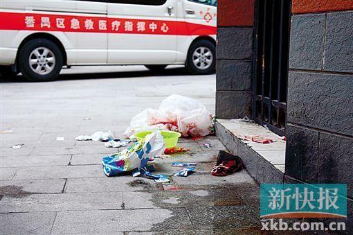 ■2岁女童被父亲不慎倒车撞伤身亡,抢救时留下的物品令人伤感。 新快报记者 毕志毅/摄