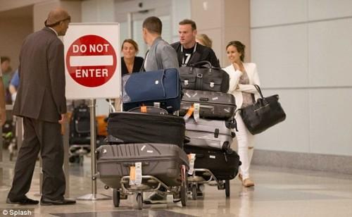 英格兰出局鲁尼美国度假