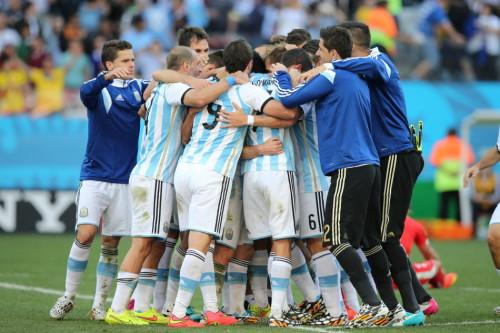 新浪直击阿根廷1-0瑞士