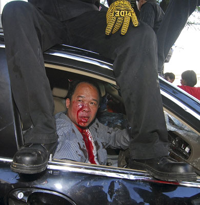 """红衫军打伤阿披实他信要回国领导""""人民起义"""""""