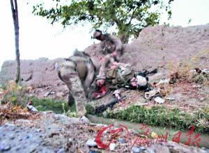 美联社破例发布士兵垂死照惹怒国防部长(图)