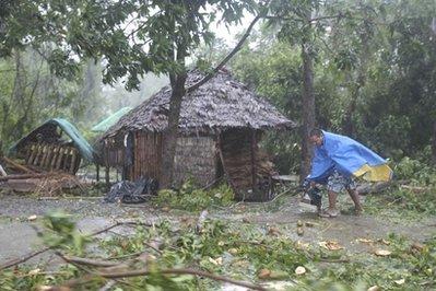 超强台风鲇鱼已致菲律宾5人身亡引发山体滑坡