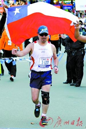 智利矿工跑完马拉松井下受困时曾每日跑10公里