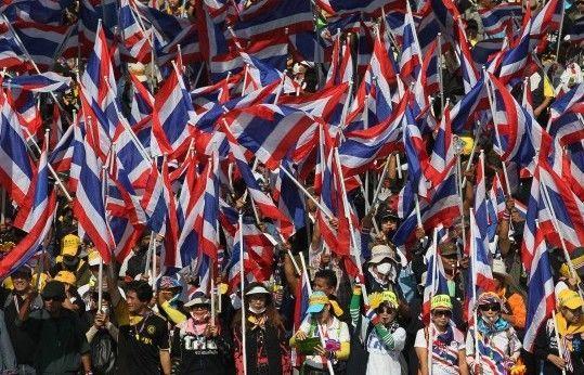泰国反政府游行示威活动持续发酵。