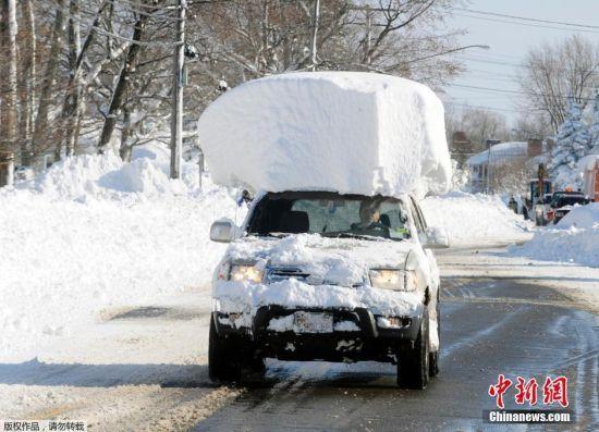 历史性暴风雪冻坏美国