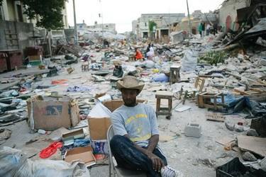 美国慈善人员灾区日记:每5分钟地面就震动一次