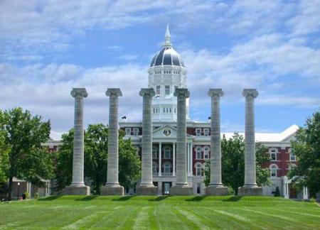 美丽的大学校园(图)