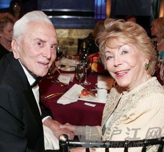 54年婚姻:道格拉斯夫妇