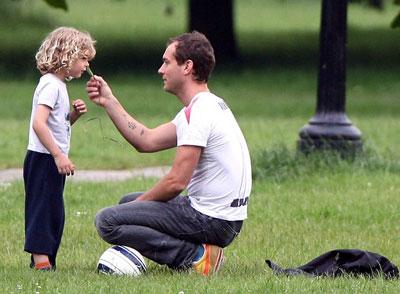 裘德・洛和他的小儿子鲁迪