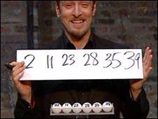"""布朗在第四频道电视台的特别节目上""""显然""""正确猜中了所有六个号码。"""