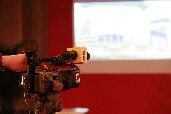 视频报道中国留学论坛全程