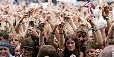 格拉斯顿伯里音乐节是英国最大的音乐节