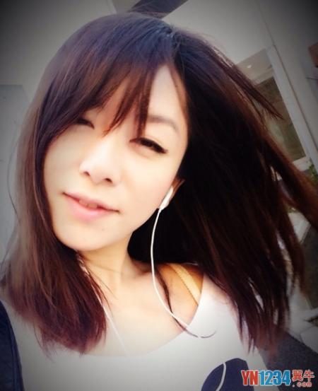 四川最美日语女教师爆红网络