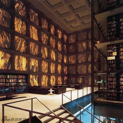 美国康州耶鲁大学,班内基善本及手抄本图书馆。Beinecke Rare Book and Manuscript Library