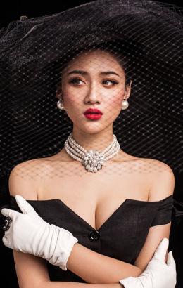 中戏美女王熙然演绎美艳女神范儿