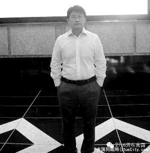 刘侨曾任外交官资料图片