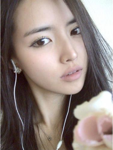美女教师李娜永。