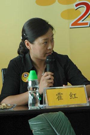 紫铭留学霍红:选择留学专业要兼顾兴趣和就业
