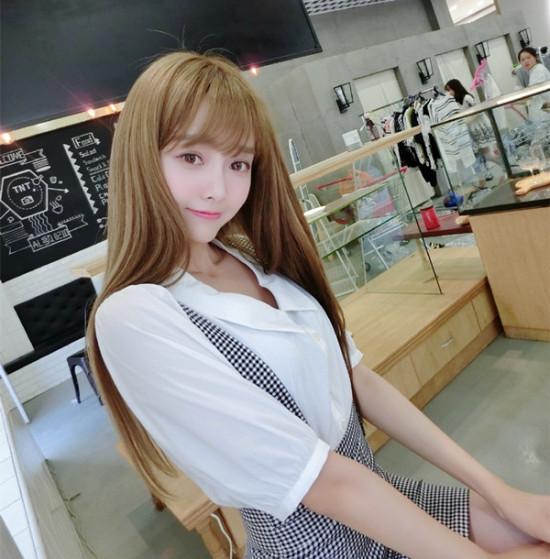 苏大超嫩校花被赞中国最美showgirl(图)