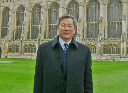 汉语盘点2007年中国与世界专家简介:黄国营