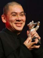 2005年-《天边一朵云》第55届特别艺术贡献奖