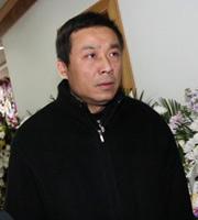 中影集团副总江平赶到