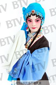 杨子康,女,15岁,旦