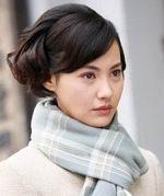 杨雪精致妆容