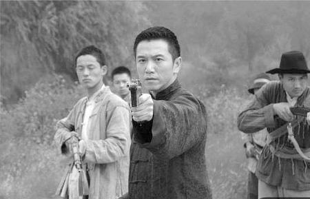 周海媚转型出演女红军只恋爱不谈嫁(组图)