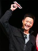 吴京开心笑容