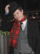 汤姆绅士打扮