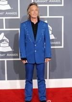 Jim Lauderdale蓝色西装惹眼