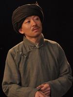 杨曙铭饰侯先树