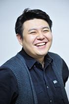 张毅饰林志豪