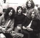 Led Zeppelin《Trampled Underfoot》