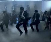 《Turn Up The Music》克里斯布朗最佳男歌手录影带