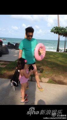 李湘老公与女儿