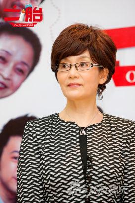 潘虹《二胎》饰演唐乔菲之母