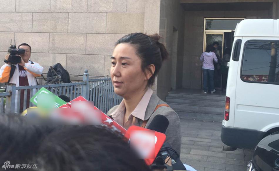 张铁林私生子案开庭 生母称其道德败坏